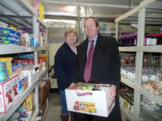 Register O'Donnell Delivers Donated Food to Canton Food Pantry